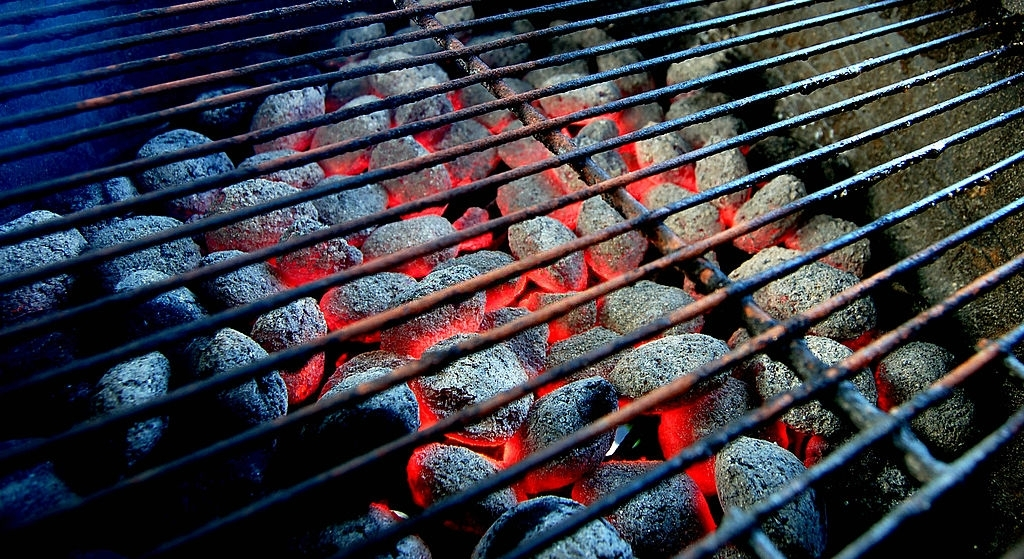 How to Start a Charcoal Grill Without Lighter Fluid